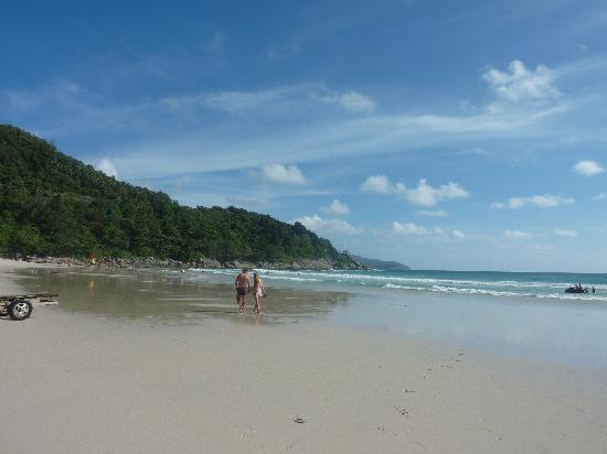 Le Meridien Phuket Beach Resort : вид из номера
