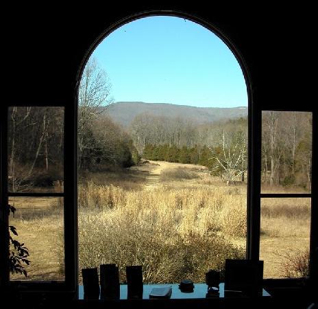 The Inn at Sugar Hollow Farm : A view from the Reading room in the Main Inn