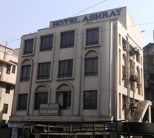 Hotel Ashray International