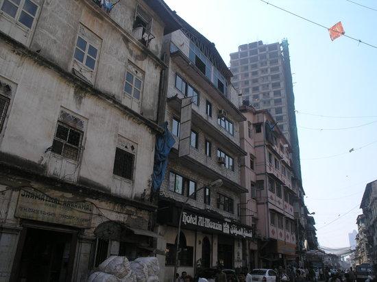 Photo of Al Moazin Hotel Mumbai (Bombay)