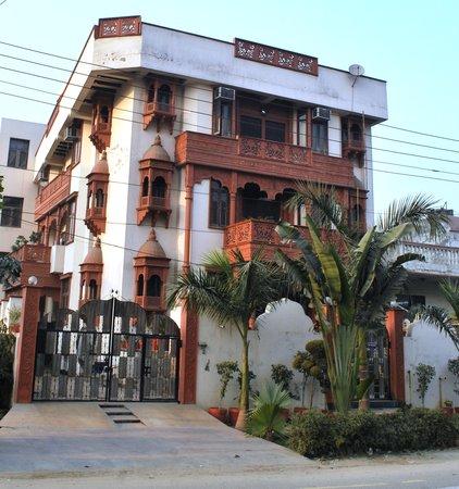Hotel Pratishtha