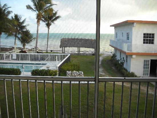 Casa Del Sol Beach Resort: more views from the room