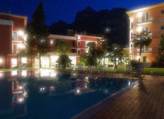 Brione Hotel : dopo il tramonto