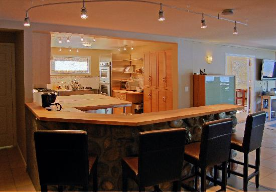 Oyster Bay Waterfront Retreat: The Main Lodge Kitchen