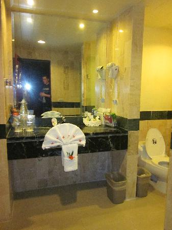 Grand Bahia Principe Cayacoa: Washroom