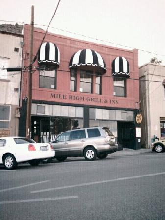 Mile High Inn