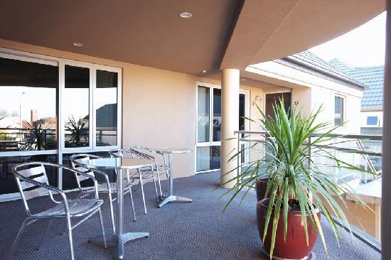 CentrePoint on Colombo Motel: CentrePoint-Balcony
