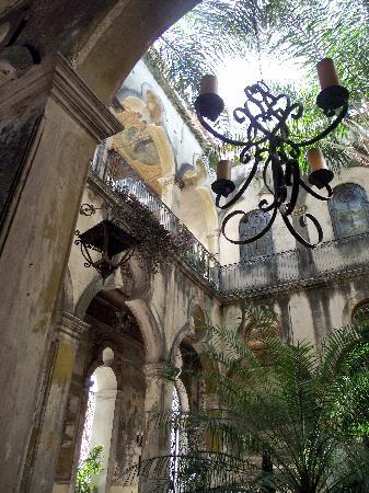 Palacio de las Vacas: frescos at the Palacio