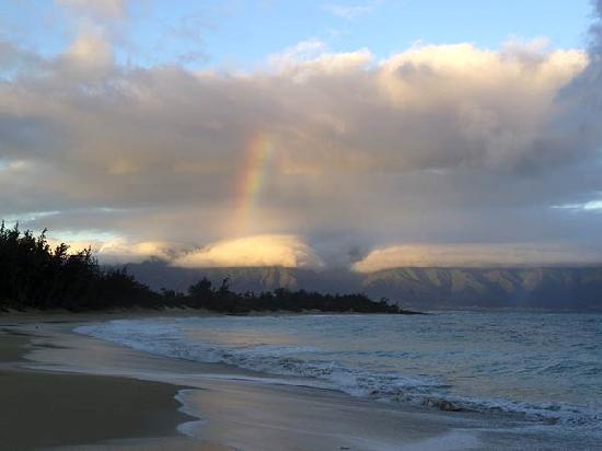 Maui Ocean Breezes: Sunrise at Baldwin's Beach, Paia, Maui
