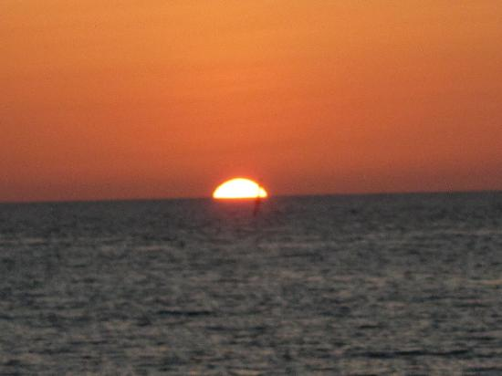 Cayo Largo, Cuba: Sunset Cruise