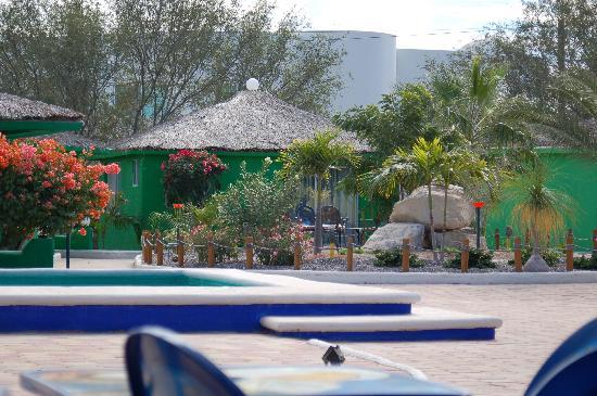 Villaggio Turistico Mar De Cortez: casita and pool