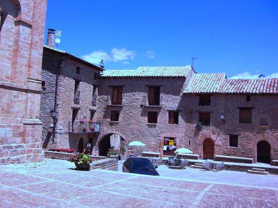 Huesca, Spain: Plaza Roda Isábena