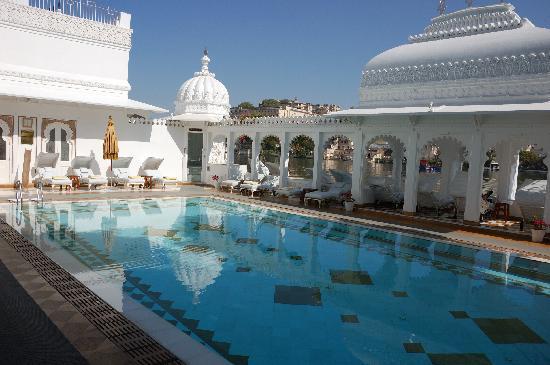 Taj Lake Palace Udaipur La Piscine