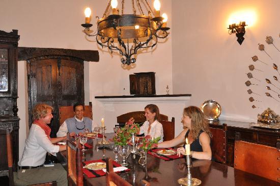 El Bordo, Argentina: Abendessen im Kreis der Familie