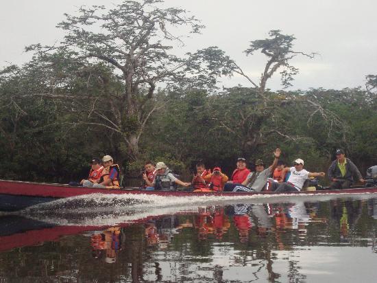 Siona Lodge: CANOE RIDE