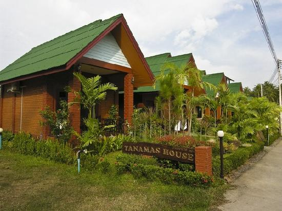 Tanamas House: tanama