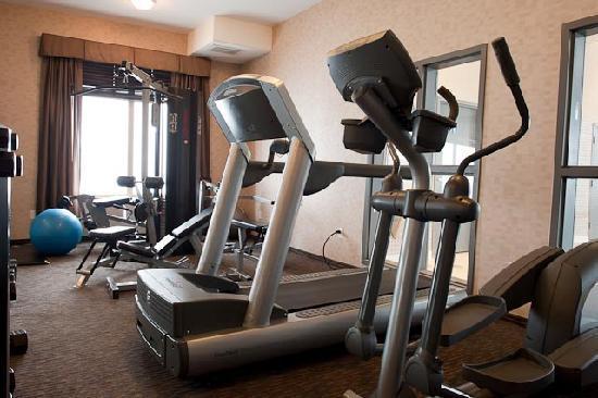 Paradise Inn & Suites: Fitness Room