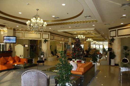 Acacia by Bin Majid Hotels & Resort: More a large drawing room than a hotel lobby