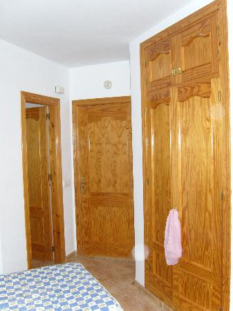 Casa Manuel: wardrobes on the right bathroom door to the left
