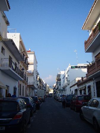 Casa Manuel : road outside the B&B