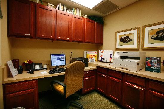 Homewood Suites by Hilton Lexington : Executive Business Center