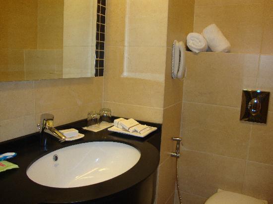 Hotel Misk : Bathroom