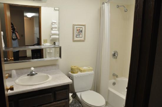 hotel room photo de wedgewood resort fairbanks