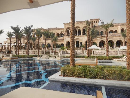 One&Only The Palm Dubai: Pool and back of Manor House