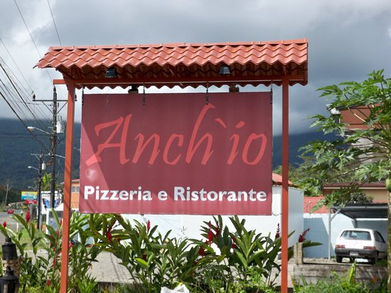 Anch'io : The sign out front
