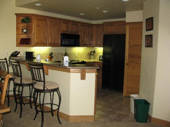 EagleRidge Lodge: full kitchen