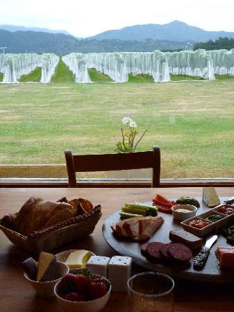 Straw Lodge: Dinner Platter