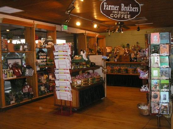 Black Oak Restaurant: Gift Shop for all occasions
