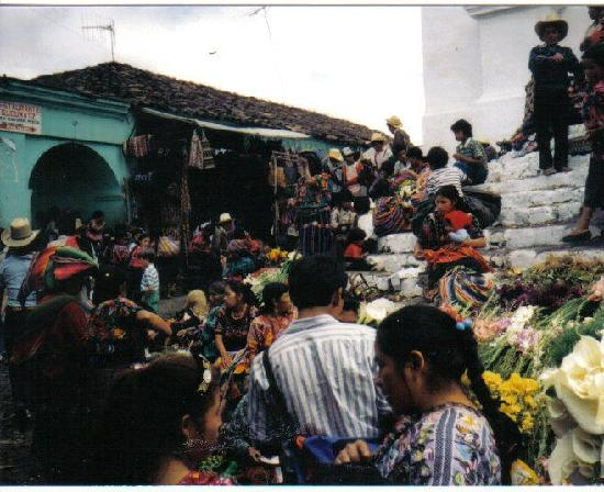 กัวเตมาลา: Market Day in Chichicastenango, Guatemala