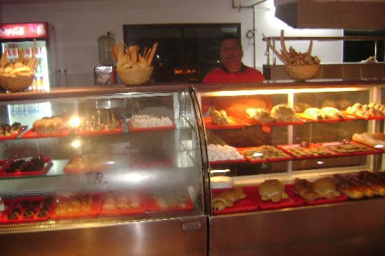 Fusion Food Factory f3 : bread counter