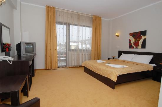 Hotel Noblesse : DOUBLE ROOM