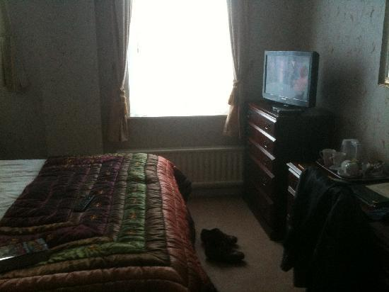 Barrow-in-Furness, UK: big airy room