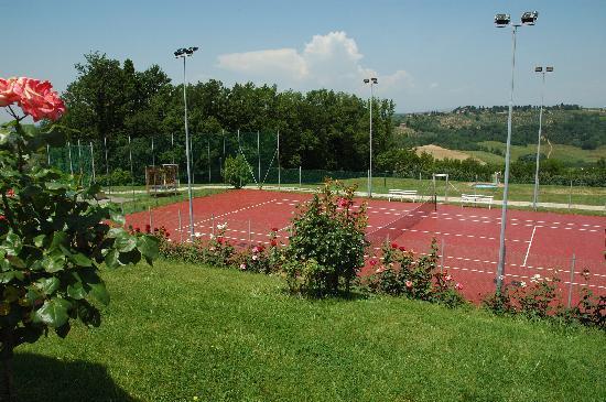 Tenuta Moriano: Campo da Tennis