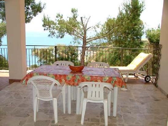 Renella Case Vacanza: Terrazza panoramica