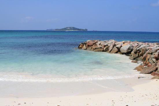 Cap Jean Marie Beach Villas: 4