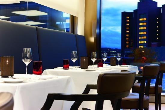 The Ritz-Carlton, Wolfsburg: Restaurant The Grill in Wolfsburg