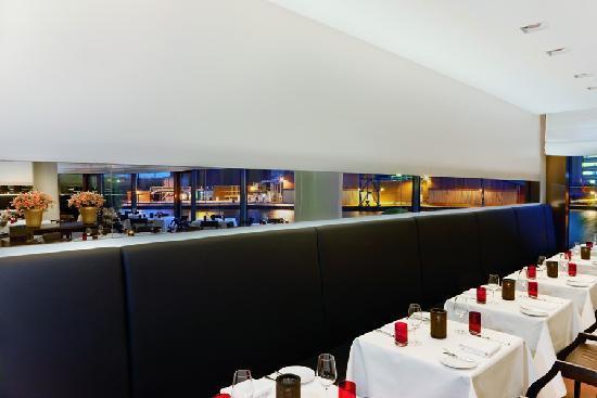 The Ritz-Carlton, Wolfsburg: Restaurant The Grill Dinner set up
