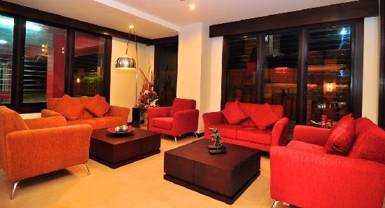 RaTaNa Apart Hotel: Lobby