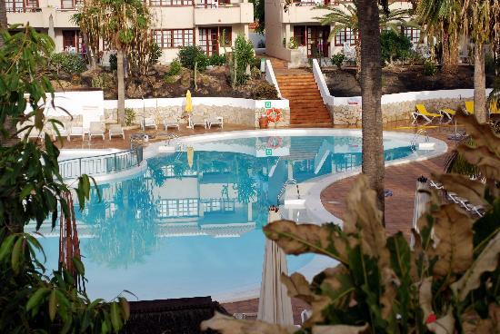 Fuentepark Apartamentos: Piscina
