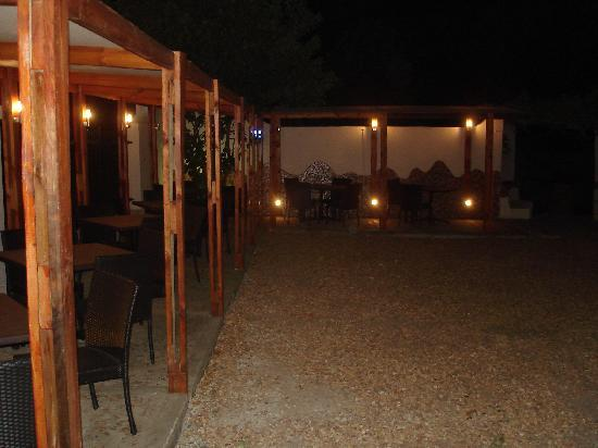 Allora: Outdoor area by night