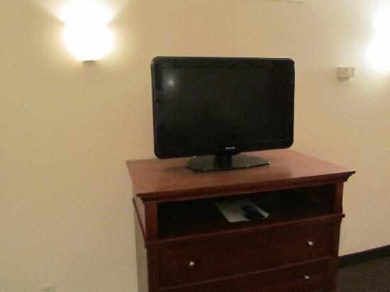 AmericInn Hotel & Suites Indianapolis : 1 tv