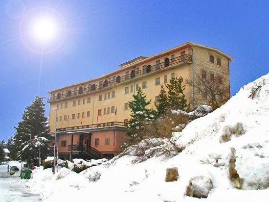 Rocca di Mezzo, Italia: Hotel Caldora a Marzo