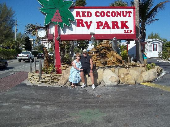 Red Coconut RV Park: Awesome stay