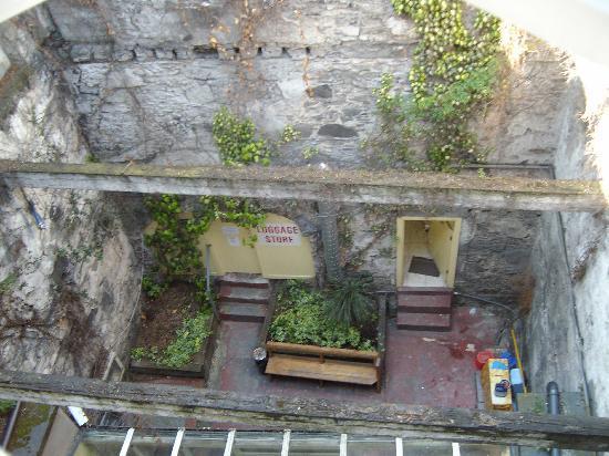 Abbey Court: The beautiful courtyard
