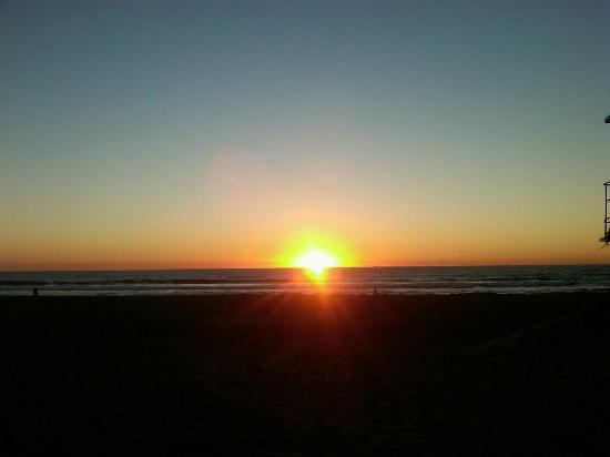 Hard Rock Hotel San Diego: pacific coast sunset