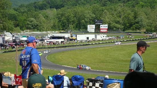 Lime Rock Park: Grand-Am Daytona Prototype / GT combined-class race - May 2010.